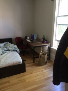 A Nice furnished up Room available on NOV 1st