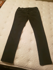 Size 9 Low Rise Black Skinny Jeans