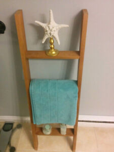 Wood Blanket Ladder - Nautical Mahogany Bathroom Decor
