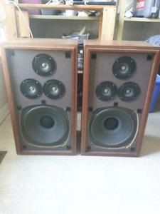 Realistic Optimus 5b speakers