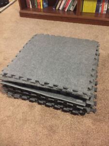 "Interlocking Soft Floor Tiles - 24"" x 24"" Anti Fatigue"