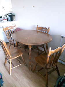 $120 obo Hardwood kitchen dining room table with leaf