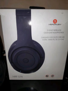 96c6a235157 Headphones Headrush   New and Used Headphones in Ontario   Kijiji ...