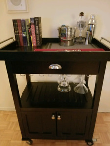 Mini Bar - ( Portable ) - Bar Supplies Included