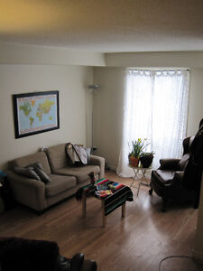 INCLUSIVE - 4 Bedroom Student House for Rent - On Trent Express