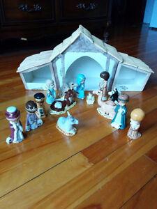 Crèche de Noël vintage en porcelaine