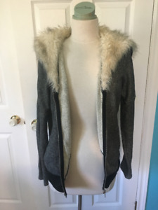 Victoria's Secret Faux Fur Hooded Sweater Size Small