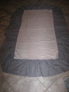.COT or TWIN-BED DUST-RUFFLE [SKIRT]