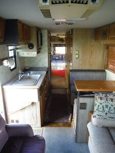 1988 Georgie Boy 34' Class A Motorhome Stratford Kitchener Area image 4
