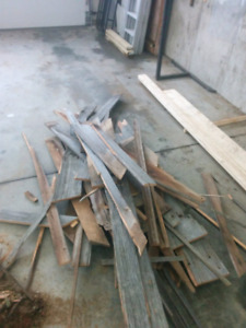 Barn boards - pieces and ends