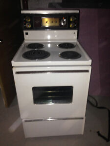Apartment Size Stove 24""