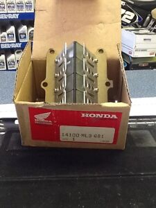 NEW in box - Reed Valve assembly for 89-01 CR 500 Honda