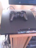 playstation 3 slim 160g avec une manette et 6 jeux 140$