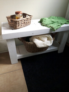 Rustic Pallet White Wash Bench