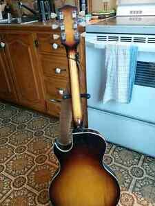 Guitare hollow body des années 60's
