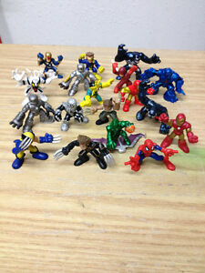 25 Super Hero Squad Mini Action Figuers, Spider-man, Iron Man