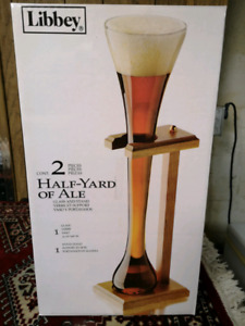 Libbey Half Yard of Ale (32oz) with Wooden Stand!!!
