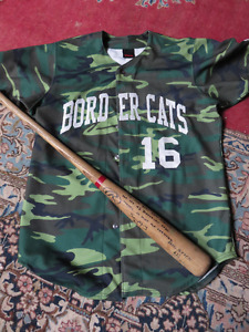 RARE BORDER CATS SIGNED CAMO JERSEY AND SIGNED BAT size 46 askin