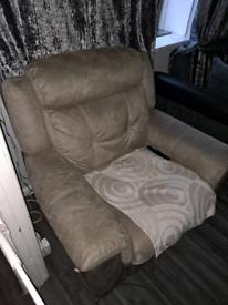 Electric recylner sofa