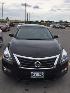 2015 June Nissan Altima 2.5 SL NAVI/LEATHER/HIGH END/LOW MILAGE