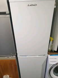 Lec clean 6ft fridge freezer can deliver