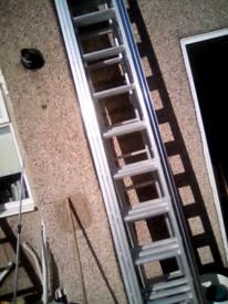 Aluminum triple ladder