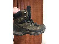 Salomon goretex boots size9
