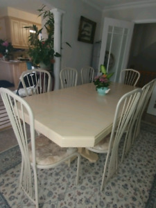 Dinning set and china cabinet