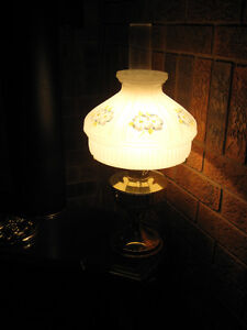 """""""ALADDIN"""" Convertible Electric / Oil Lamp - REDUCED!"""