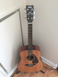 Yamaha FG700MS Acoustic Guitar (with stand+extras) No scratches