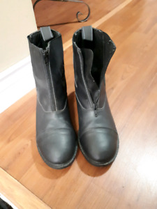 Equestrian boots/half chaps