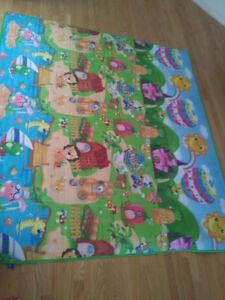 Brand new Baby crawling and play mat.