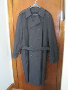 Men's Black Trench Coat Size 52-54