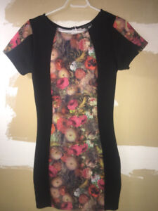 Black,brown, and pink floral scoop-neck bodycon dress