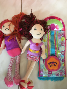 Groovy girls plush dolls and slumber party sleepy bag