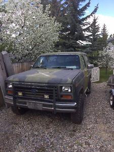 1985 Ex-Military Ford Bronco
