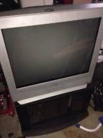 "32"" Sanyo TV (Normal TV)"