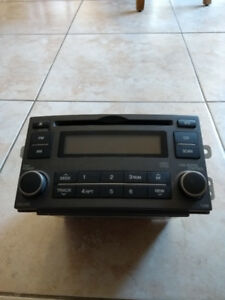 Kia Rondo Audio 2007-2008