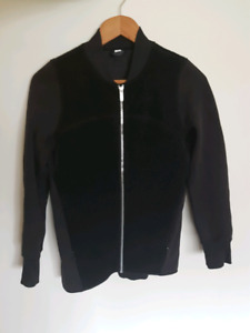 Lululemon Stand Out sherpa jacket size 4