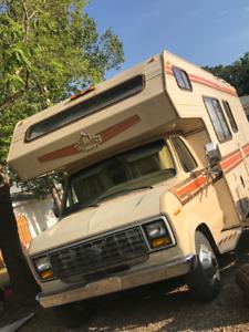 Find RVs, Motorhomes or Camper Vans Near Me in Medicine Hat | Kijiji