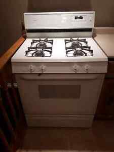 URGENT MUST SELL!  GAS STOVE