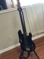 Epiphone bass guitar excellent condition 400 OBO