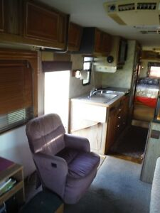 1988 Georgie Boy 34' Class A Motorhome Stratford Kitchener Area image 5