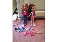 Set of 2 bratz dolls and acceasories