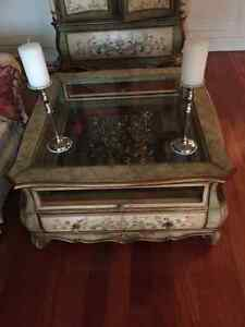 Beautiful armoire and matching coffee table West Island Greater Montréal image 2