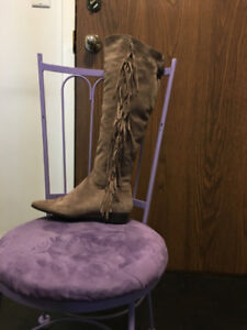 42af1b04e466 Brown couture over the knee boots