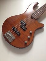 Godin Freeway 5 Bass