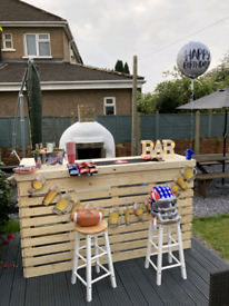 Garden bar made to order with or without a roof