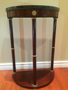 BEATUIFUL ACCENT TABLE WITH MARBLE TOP