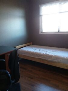 Furnished bedroom in a nice neighborhood available Jun 12